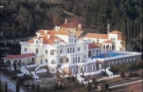 Недвижимое имущество на арендуемом участке земли