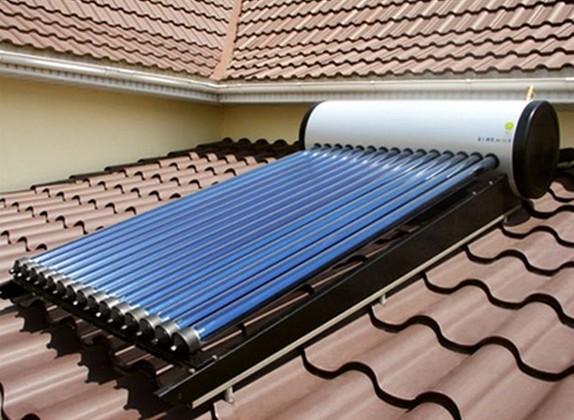 Водонагреватель, использующий для подогрева энергию солнца