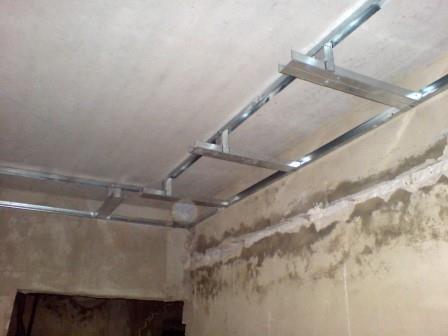 Подготовка основания перед установкой двухуровневого потолка